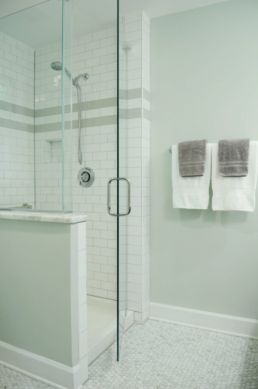 frameless_shower_subway_tile.jpg