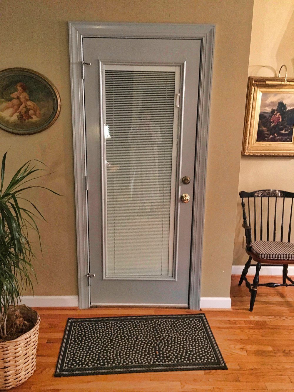 gray_interior_glass_door.jpeg