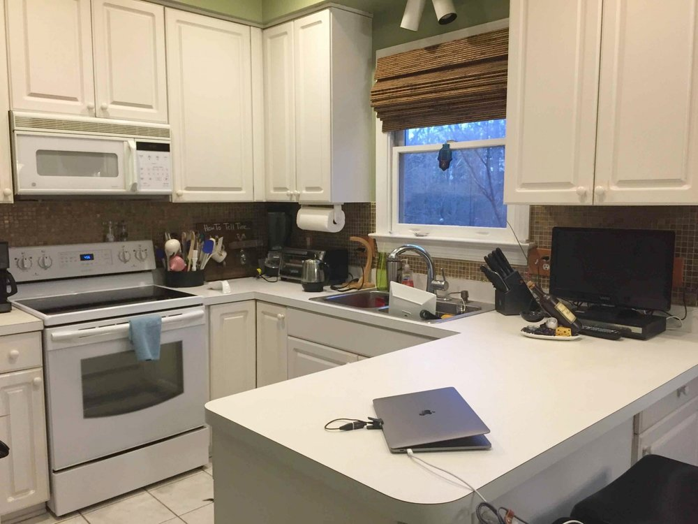white-kitchen-counters-before.jpeg