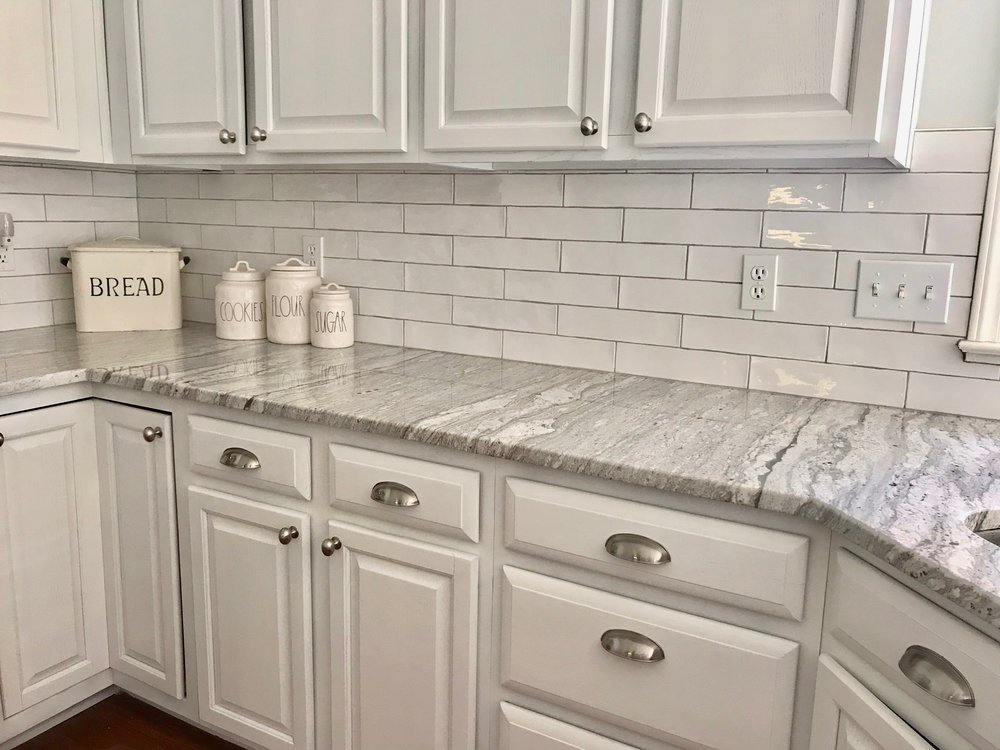 thunder_white_granite_counter_design.jpg