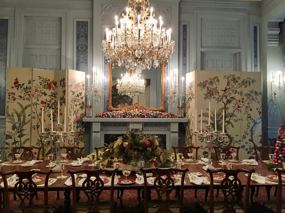 holiday_nc_governors_mansion.jpg