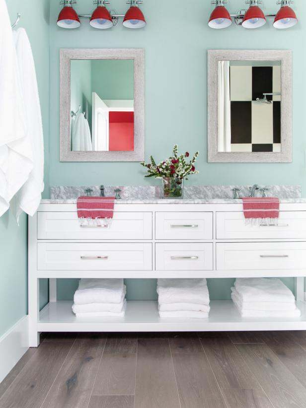 dream_house_bathroom.jpg