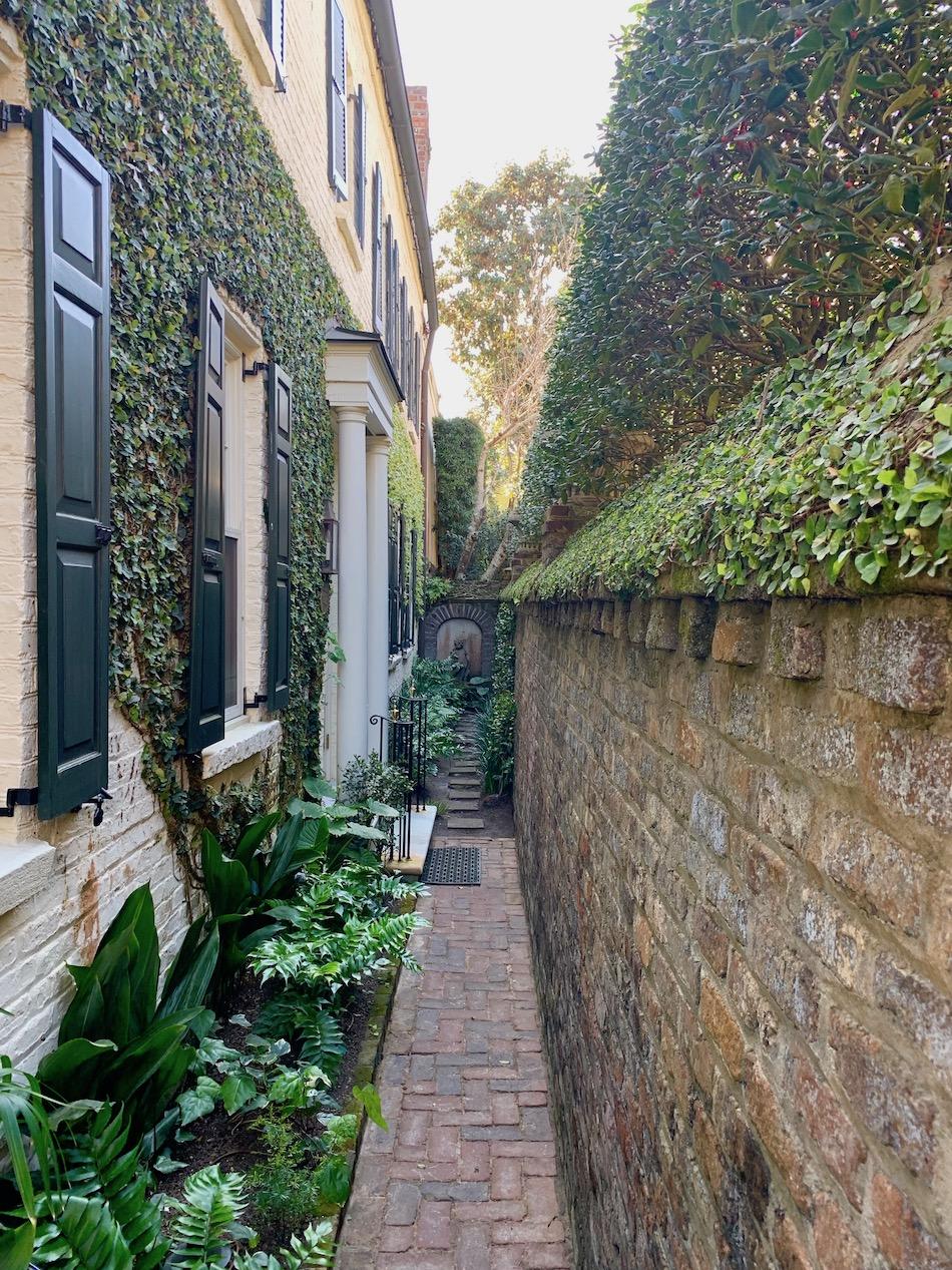 charleston-weekend-garden-alley.jpeg