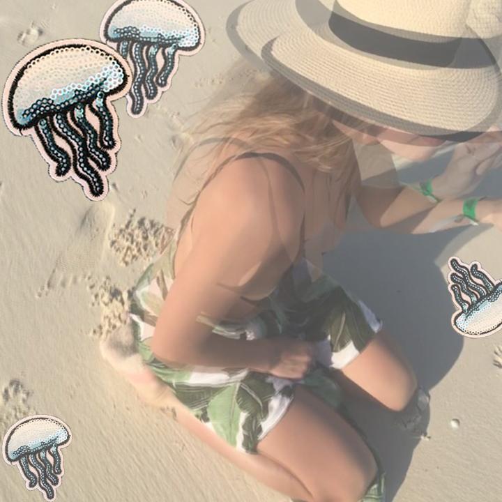 SOMER_jellyfish_3.png