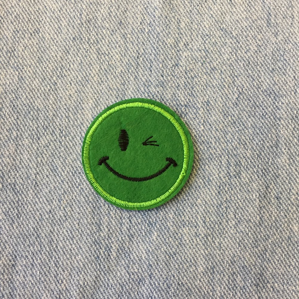 GREEN WINKING SMILEY
