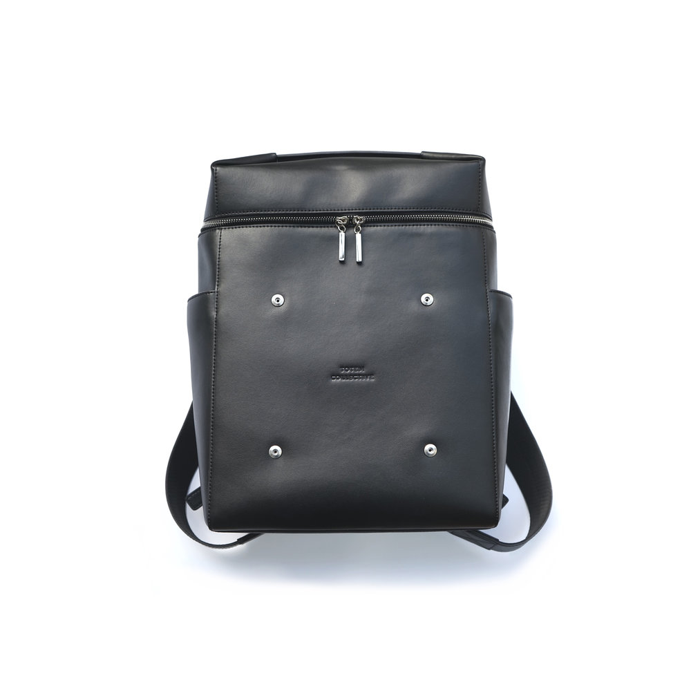 BACKPACK 01 (FRONT).jpg