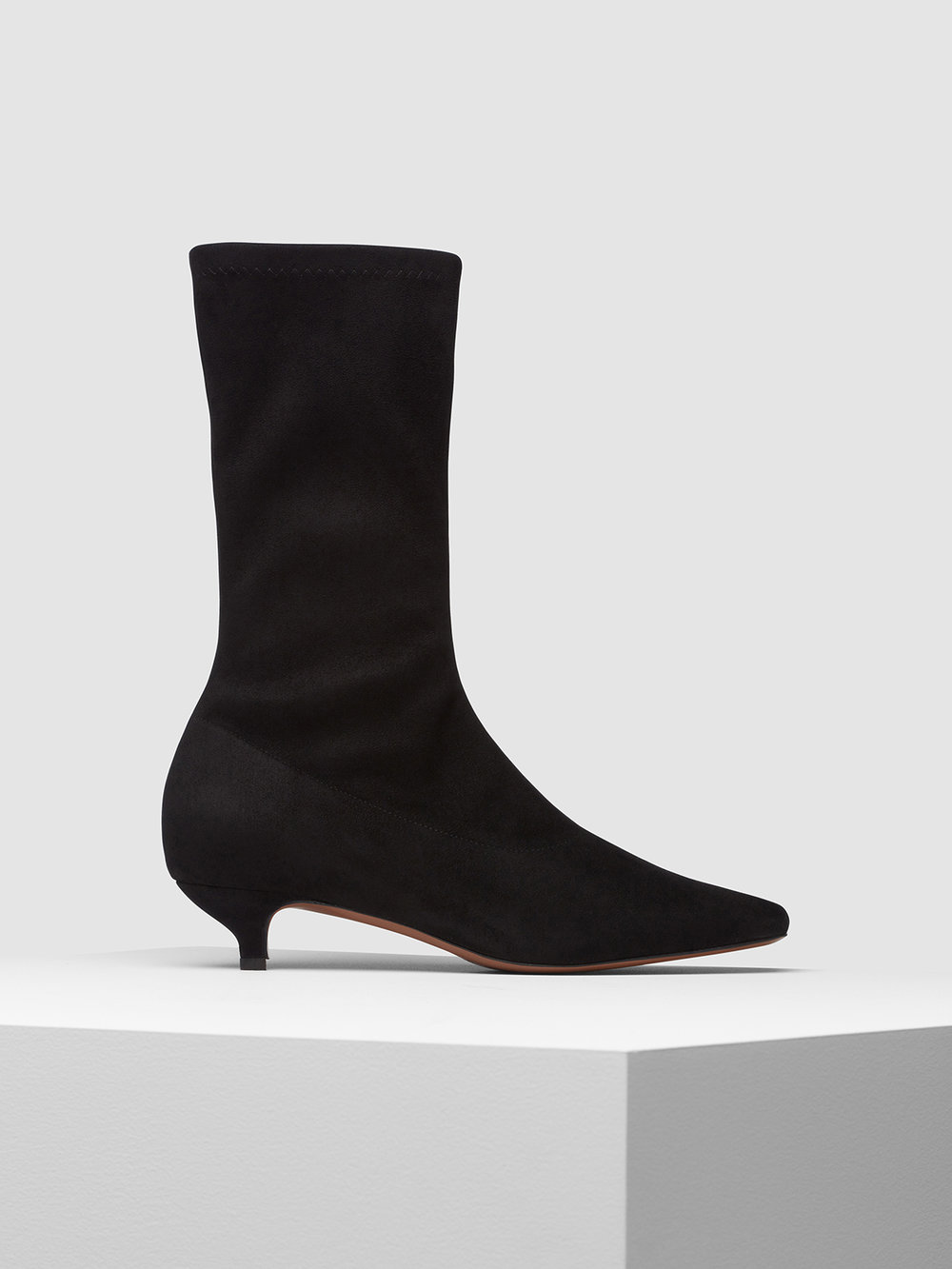 Isabelia boot black side.jpg