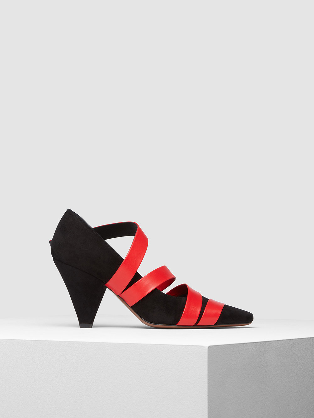 Bakeria red black side.jpg