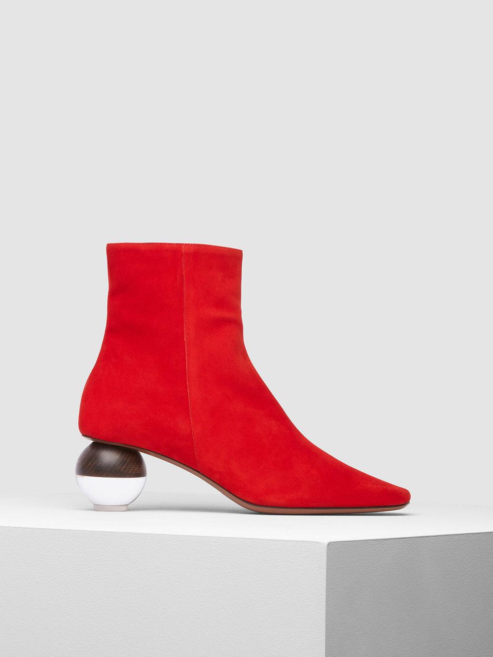 Encyclia boot red side.jpg