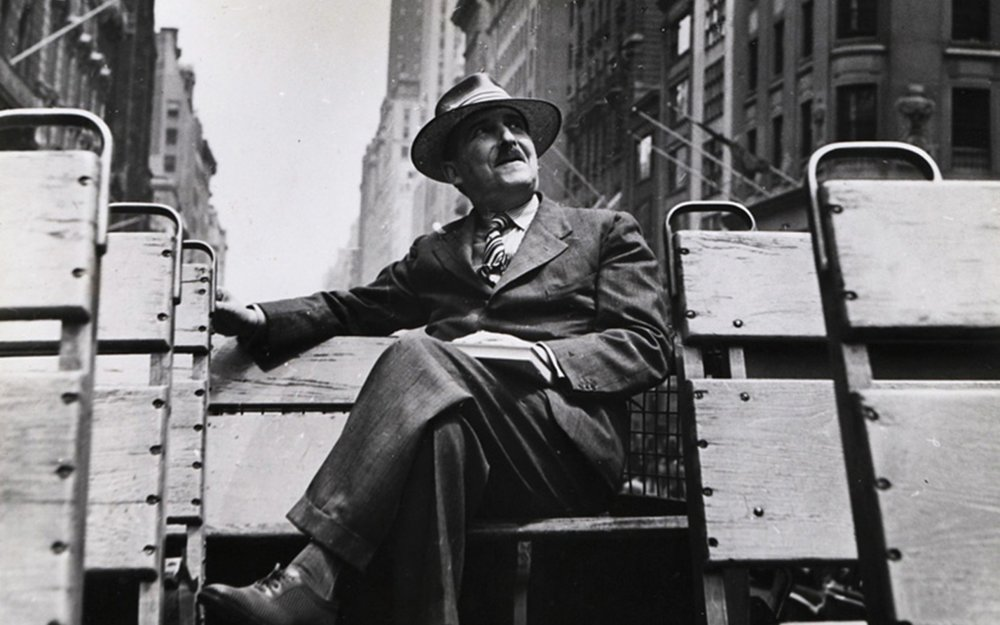 Zweig on a bus in New York in 1941.  Photo: Kurt Severin