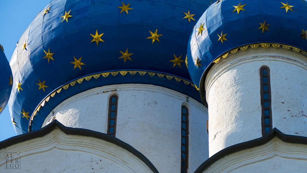 suzdal-kremlin-02.jpg