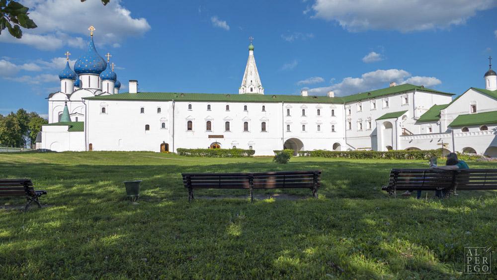 suzdal-kremlin-07.jpg
