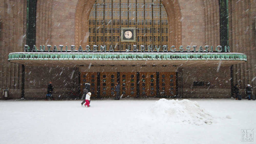 helsinki-13-central-railway-station.jpg