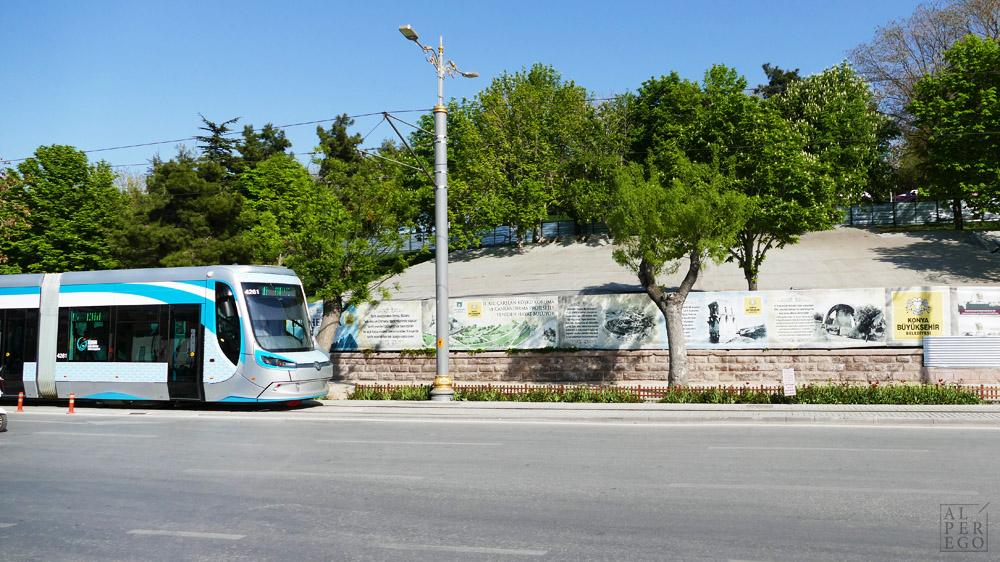 konya-22-tram.jpg