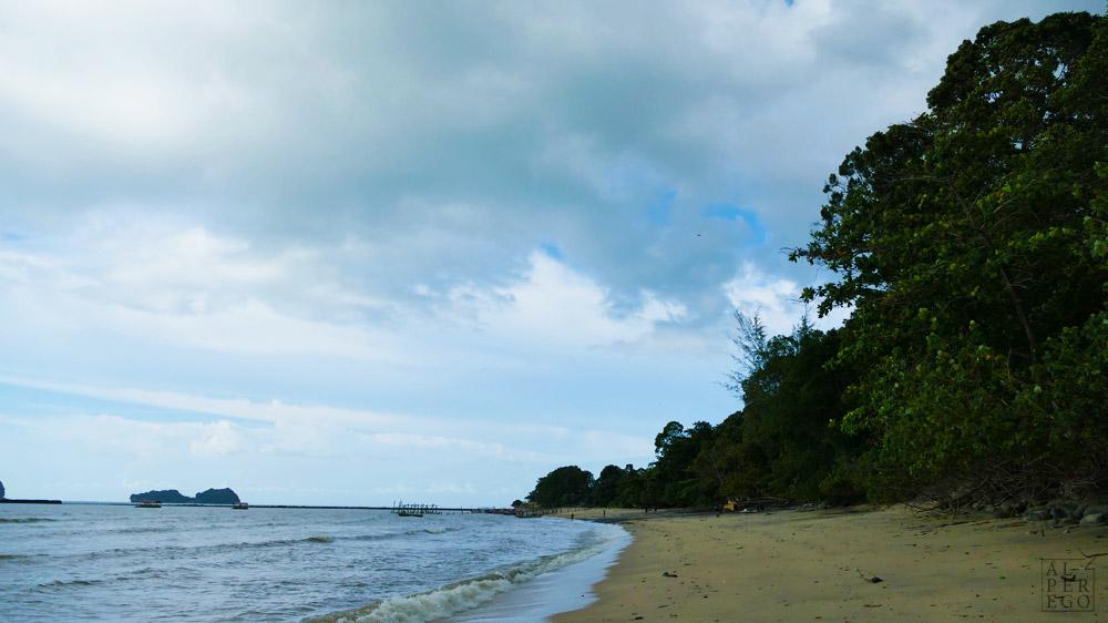 black-sand-beach-langkawi-24.jpg