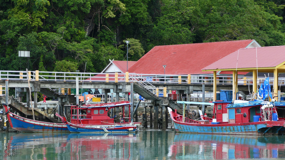 a-small-fishing-village-in-langkawi-01.jpg