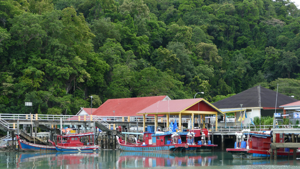 a-small-fishing-village-in-langkawi-09.jpg