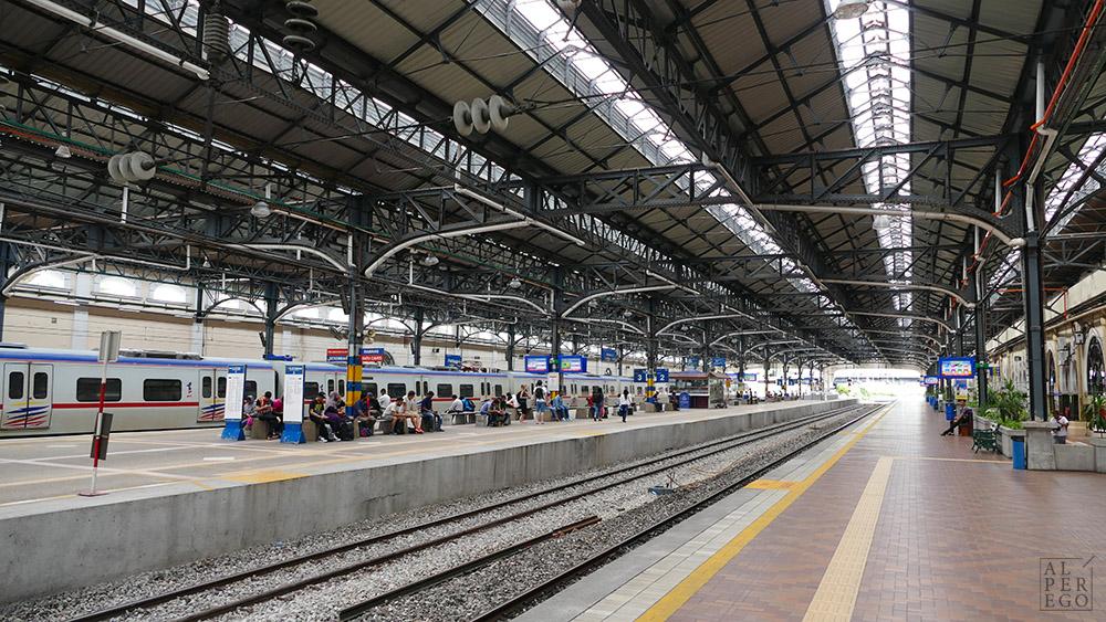 kuala-lumpur-16-old-railway-station.jpg
