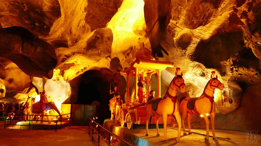 batu-caves-11-ravana.jpg
