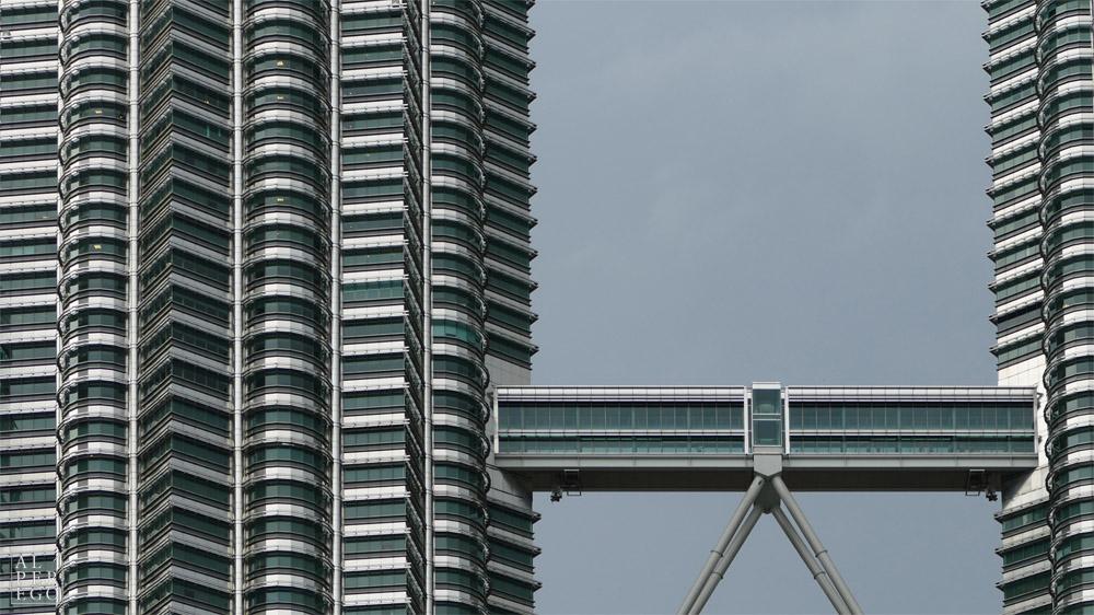 petronas-towers-04.jpg