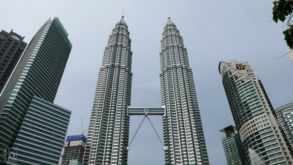 petronas-towers-24.jpg