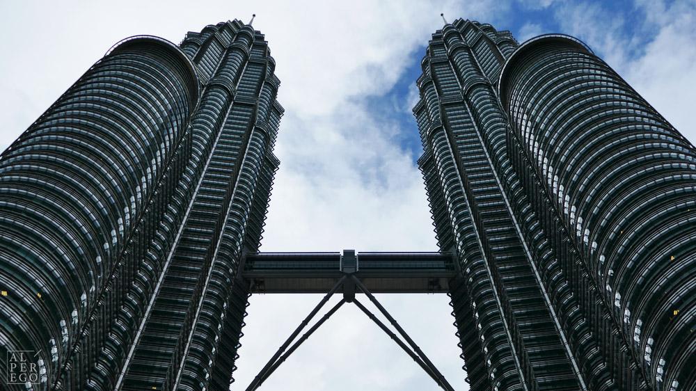 petronas-towers-23.jpg
