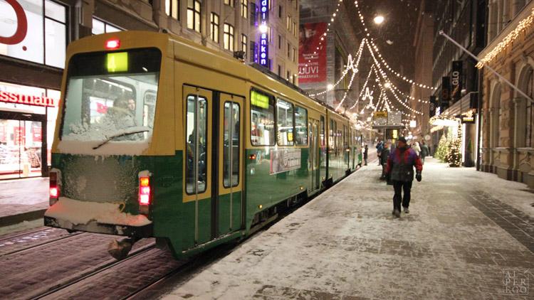 baltic-circle-0910-helsinki-tram.jpg
