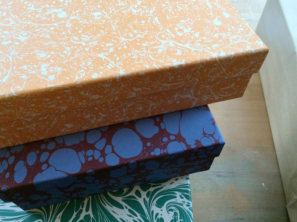 #studio #esmewinter #decorativeboxes #decorativepaper