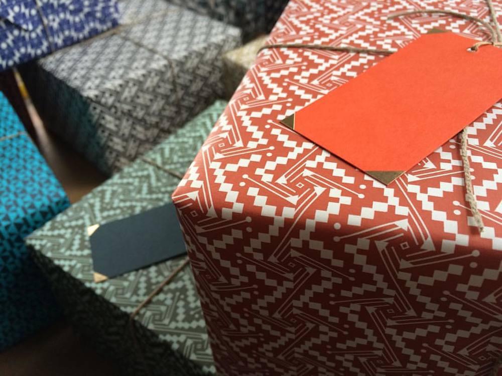 #esmewinter #decorativepaper #gifttags #madeinengland
