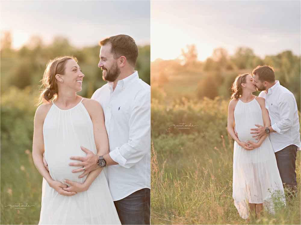 NorthernVirginia-Maternity-Sunset-Outdoor-GoldenHour-QuietSidePhotography-2017-10-04_0008.jpg