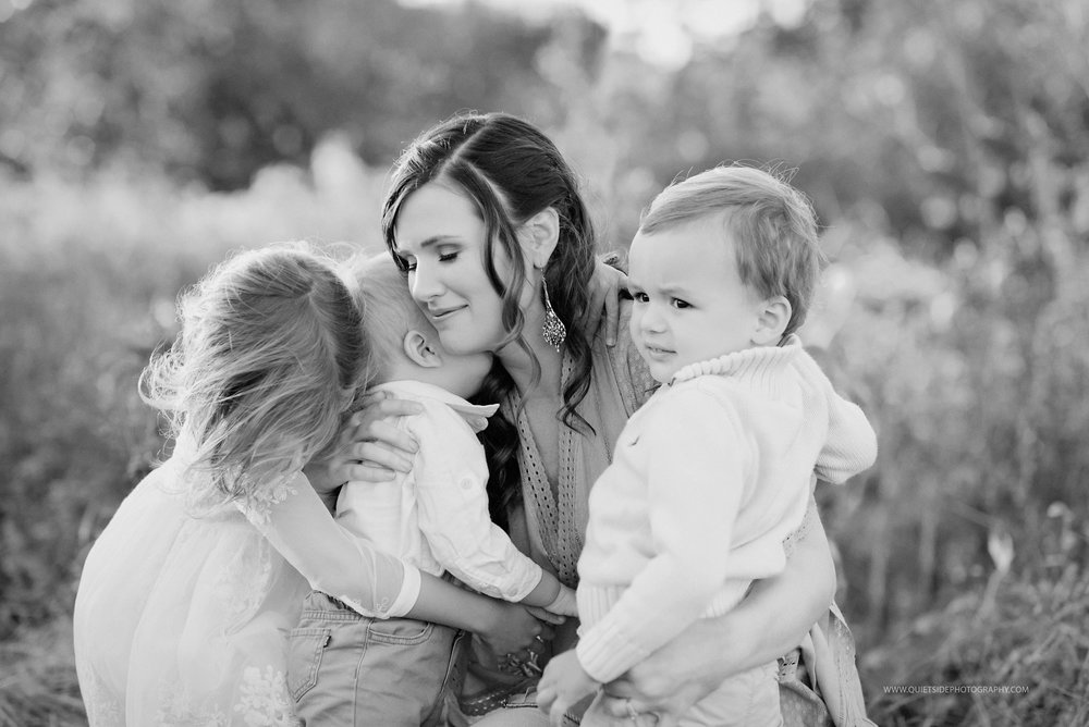 Loudoun-County-Virginia-Photographer-NorthernVA_Photographer-WashingtonDC-Photographer-Family_Photographer-Newborn_Photographer-maternity_Photographer-Motherhood-Blackandwhitephotography-goldenhour-sunset-fields-Adamson-Family-FirstGlimpse.jpg