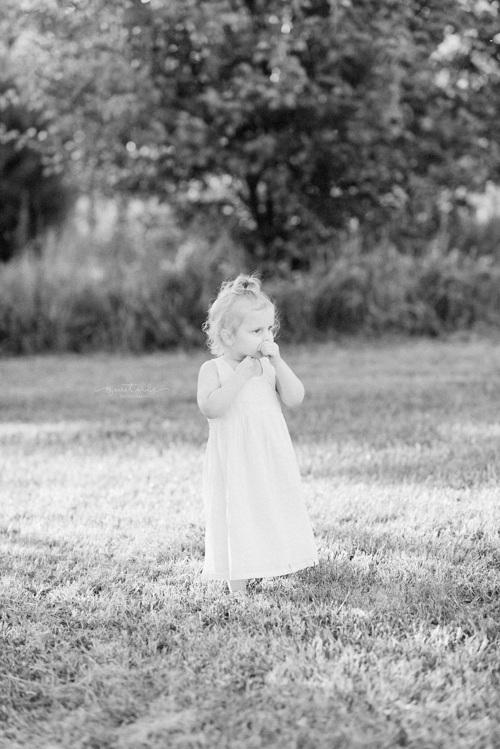 QuietSidePhotography-Purcellville-Family-Photographer-LoudounCounty-NorthernVirginia-Baby-Child-Blackandwhite-Sunset-Goldenhour-Milestone-Emmais2.jpg