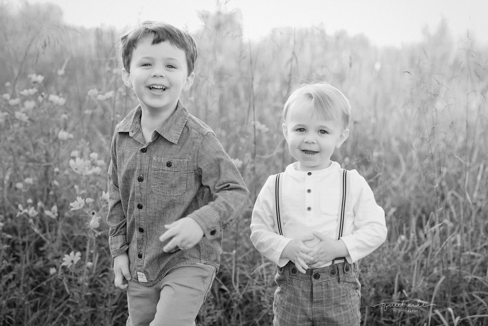 QuietSidePhotography-Northern-Virginia-Photographer-Family-Photographer-Motherhood-Boymom-LoudounCounty-48Fields-GoldenHour-Sunset-Family-Photography-brothers-Stevens.jpg