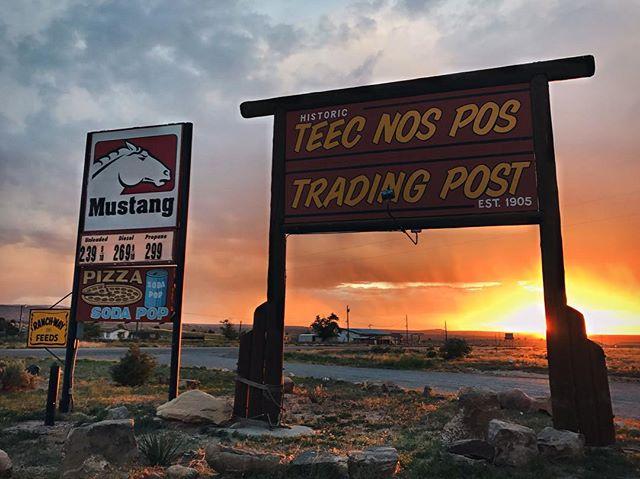 •Teec Nos Pos, Arizona•