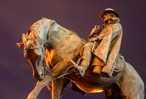 Francis Asbury Memorial in Washington, DC   (Photo: Mike Maguire /    Flickr   )