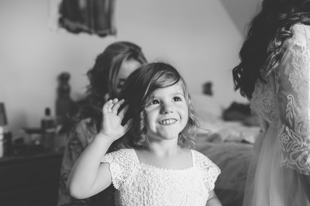 flowergirl, aberdeen wedding photography, aberdeen wedding photographers, Scottish wedding photographer, alternative wedding photography Scotland, natural wedding photography Scotland