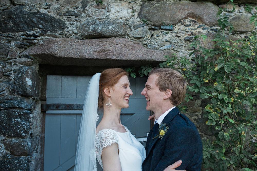 wedding photographer Aberdeen, the barn at barra