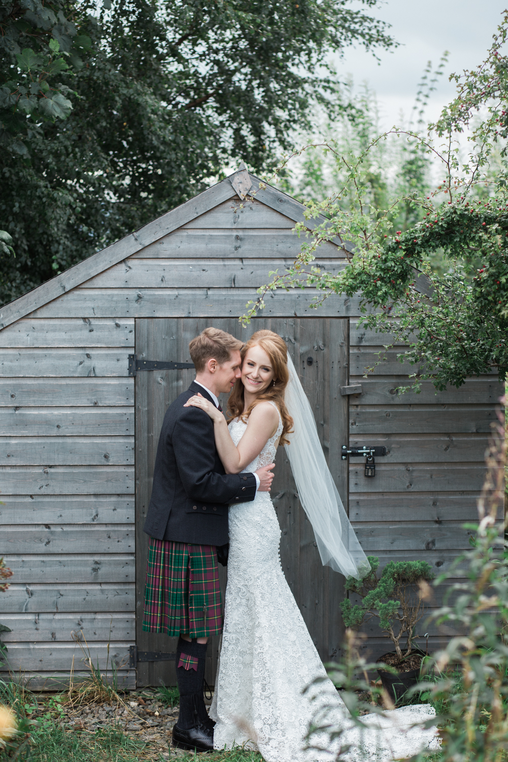 wedding photographer in Aberdeen, Aberdeen wedding photographers, woodend barn wedding, Banchory wedding