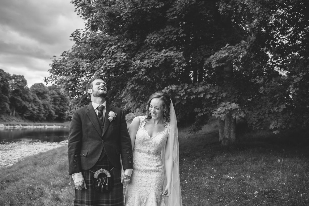 getting married at Banchory lodge, weddings at Banchory lodge, outdoor wedding Banchory lodge, Banchory lodge river dee, aberdeen wedding photographer, wedding photography in aberdeen, natural wedding photography scotland