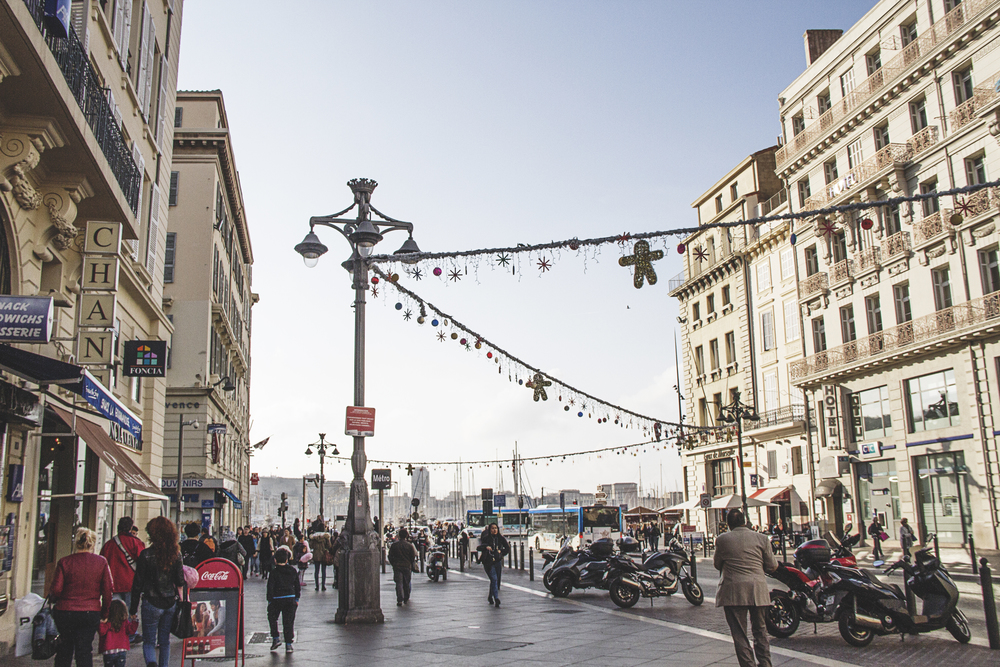 Christmas in Marseille. A Californian in Paris.