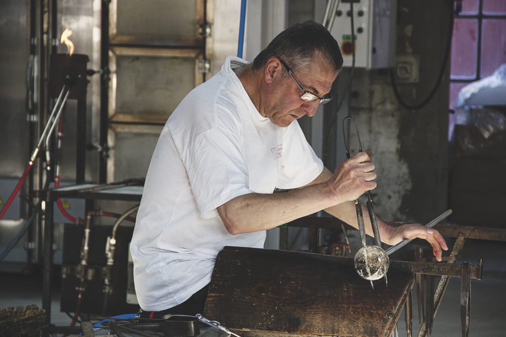 glass-worker-biot