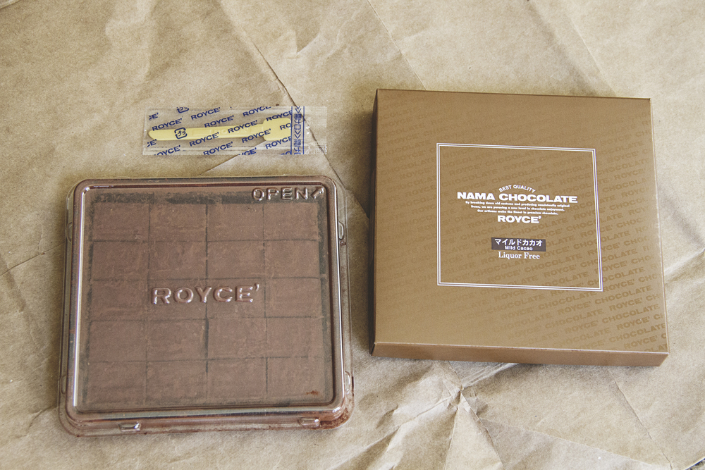 A Californian in Paris: Royce Chocolate Packing