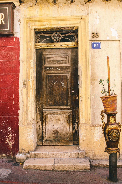 marseille-vintage-door.jpg