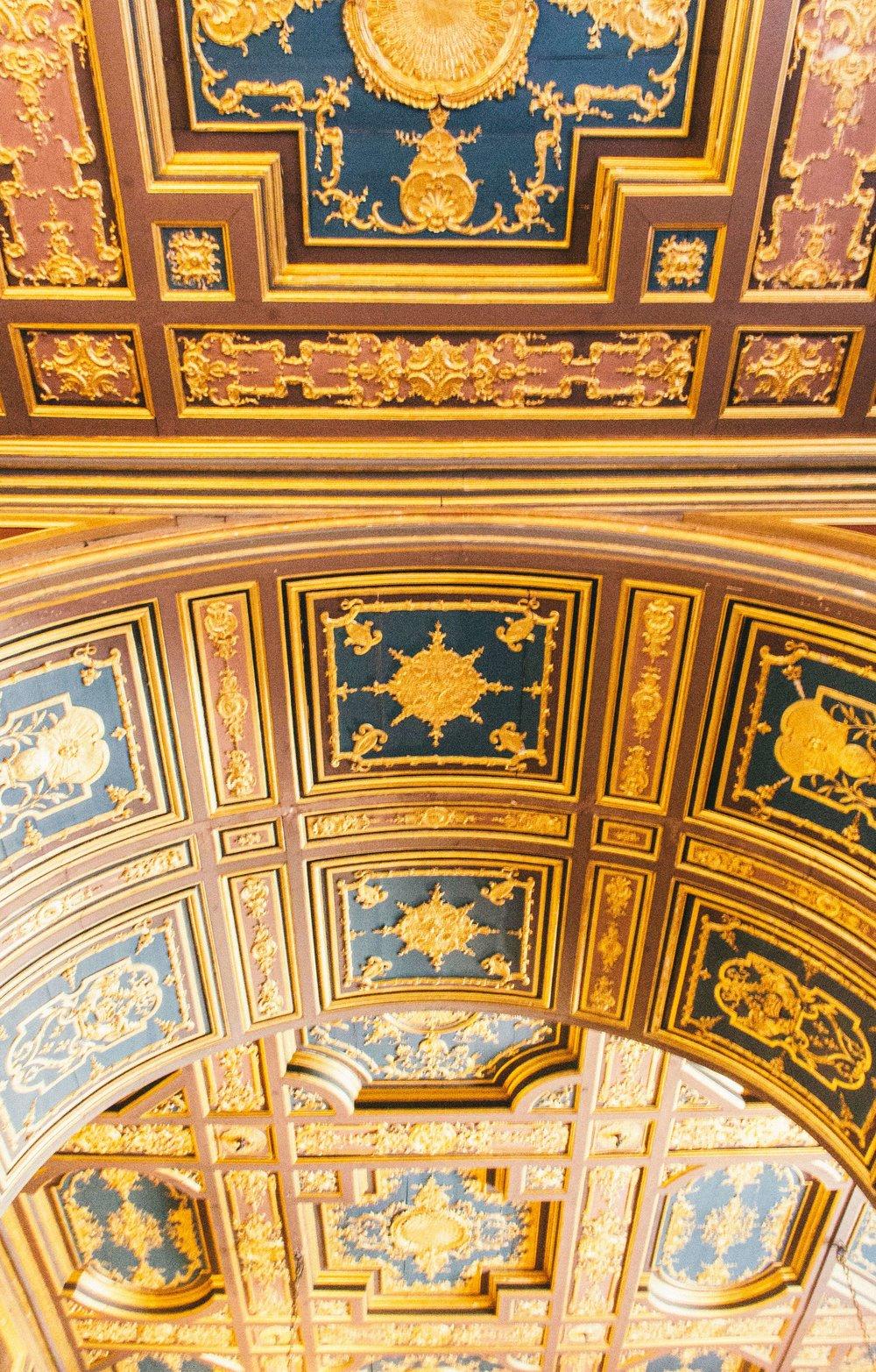 chateau-de-fontainebleau-interior.jpg