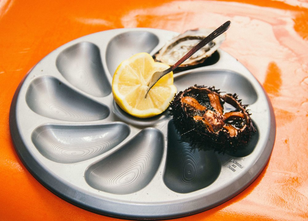 La Petite Californienne: Fresh oyster and sea urchin from the coast of Brittany