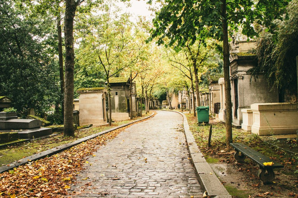 pere-lachaise-cemetery.jpg