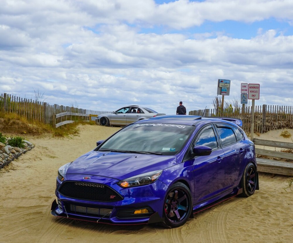 2015 Ford Focus ST - Owner: JojoLocation: Mahopac, New YorkInstagram: slow__stVega products installed: VM Aluminum Front Splitter with VM bolt-on option 1 side fins.Wheels: NAMod List: Full bolt on Roush Exhaust, Roush Intake, CT Racing downpipe, Depo racing front mount, suspension and more...
