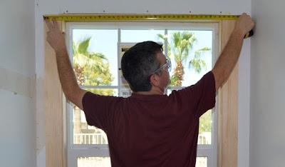 Super easy diy craftsman style window trim az diy guy for Head casing window