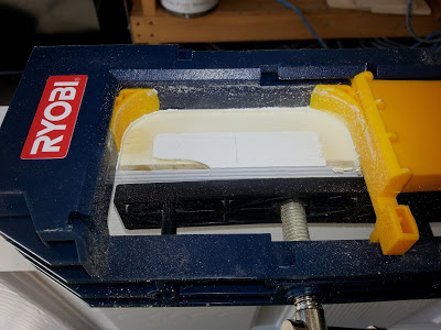Cutting with the Ryobi Hinge Mortising Kit