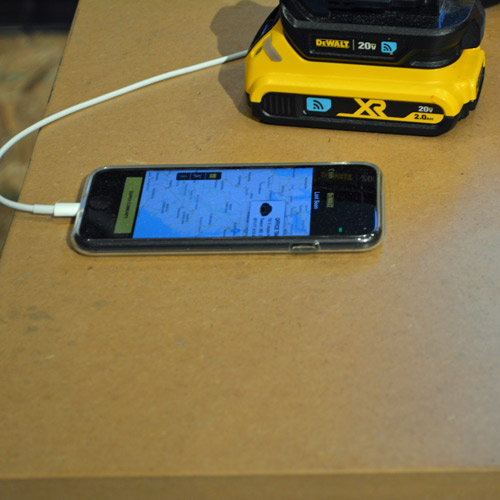 9_dewalt_tool_connect_cell_phone.jpg